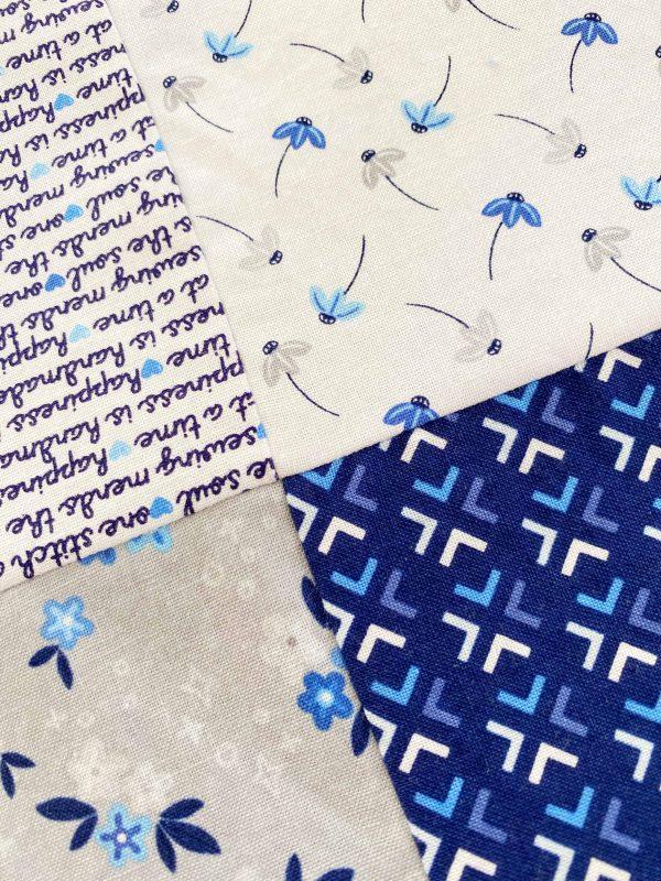 מפגש תפרים של ארבעה ריבוע שמיכה בצבעי כחול